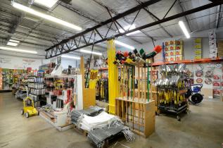 5005 E Ben White Blvd-large-006-Ace Contractors Supply 06-1500x994-72dpi